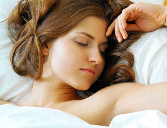 nghỉ ngơi thật cân đối, cố gắng ngủ ít nhất 8 tiếng mỗi ngày