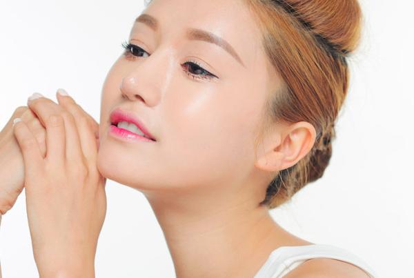 Cách làm da mặt mịn màng tự nhiên