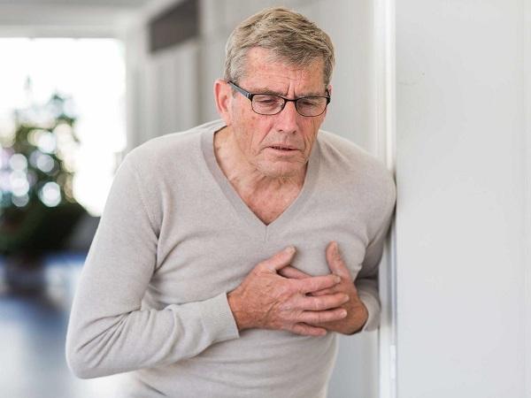 Người già có nguy cơ mắc tai biến mạch máu não cao