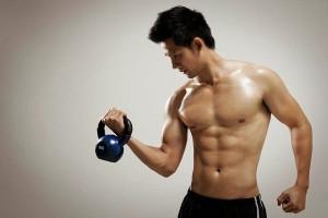 Uống sữa tăng cân đề hiệu quả tập luyện nhanh chóng